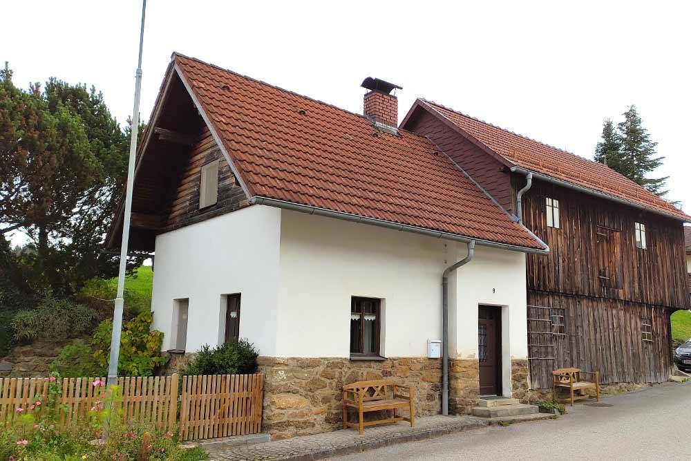 Ferienhaus Neunteufel Hypolz