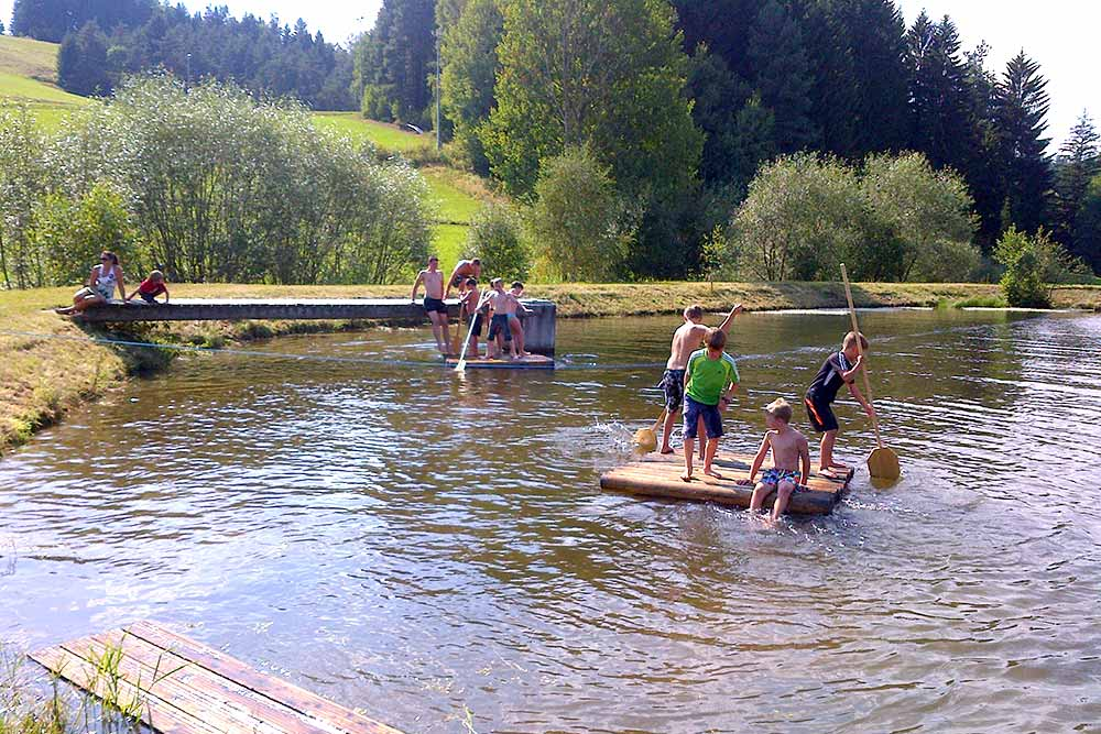 Kirchbach Flossfahren am Barbarateich